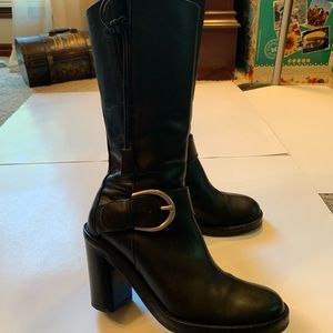 Donald J Pliner Black Chunky boots with buckle